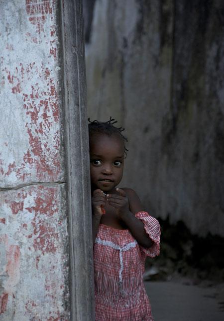 ILHA-MOZAMBIQUE-GIRL