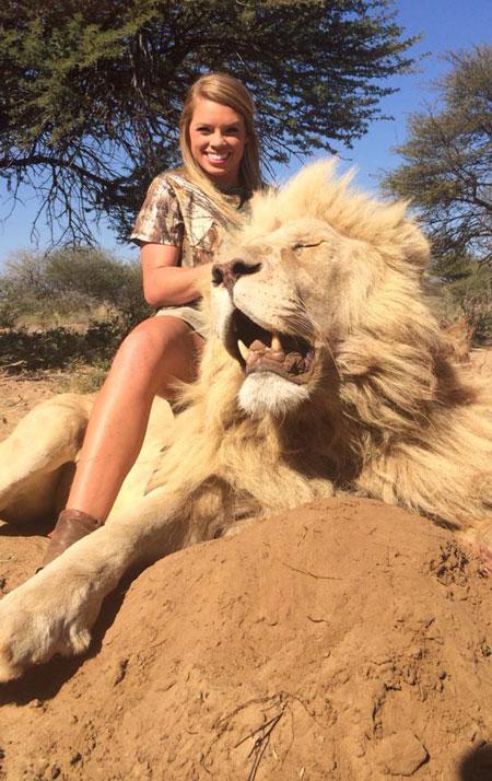kendall-jones-lion