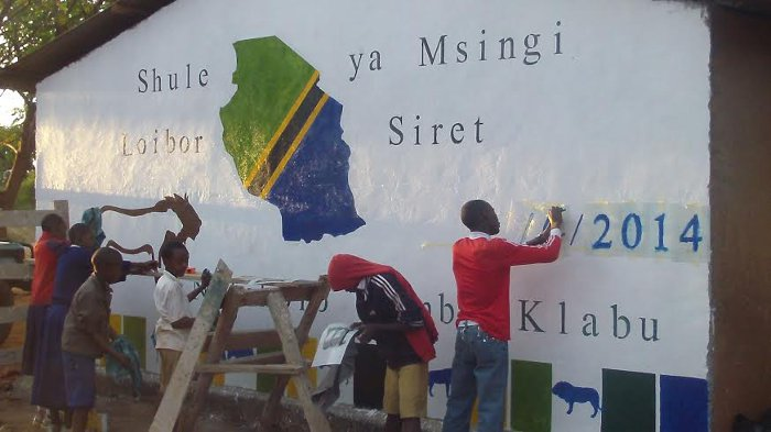 Watch as Alison Nicholls helps in the painting of a school in rural Tanzania.