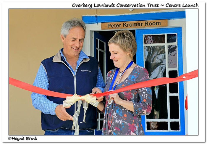 Dirk-van-Papendorp-(Chairman)-&-Dr-Odette-Curtis-(director)-cutting-ribbon