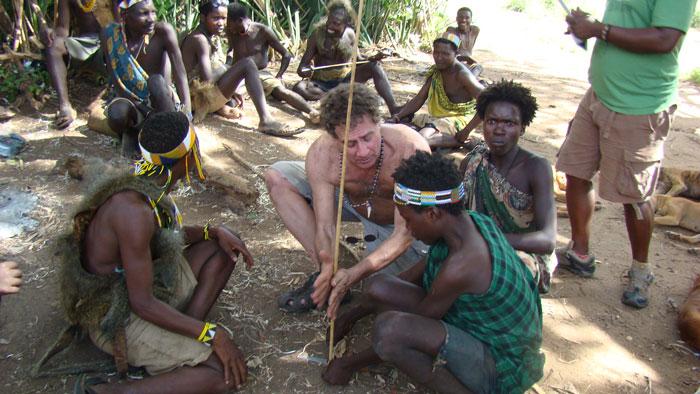 Hadzabe-bushmen-hunt