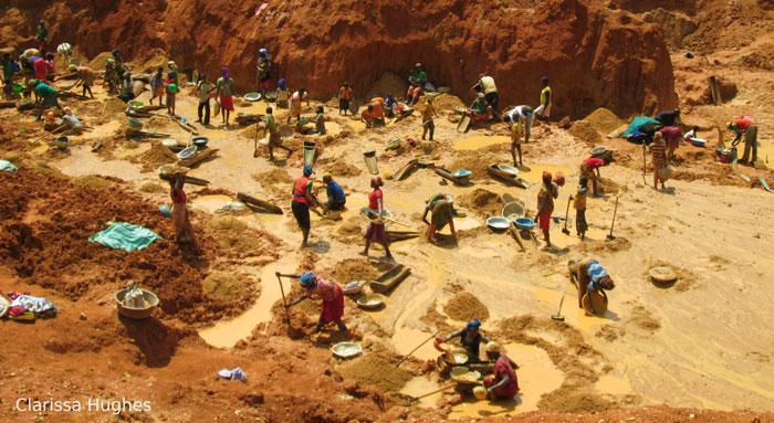 Artisnal-gold-diggings