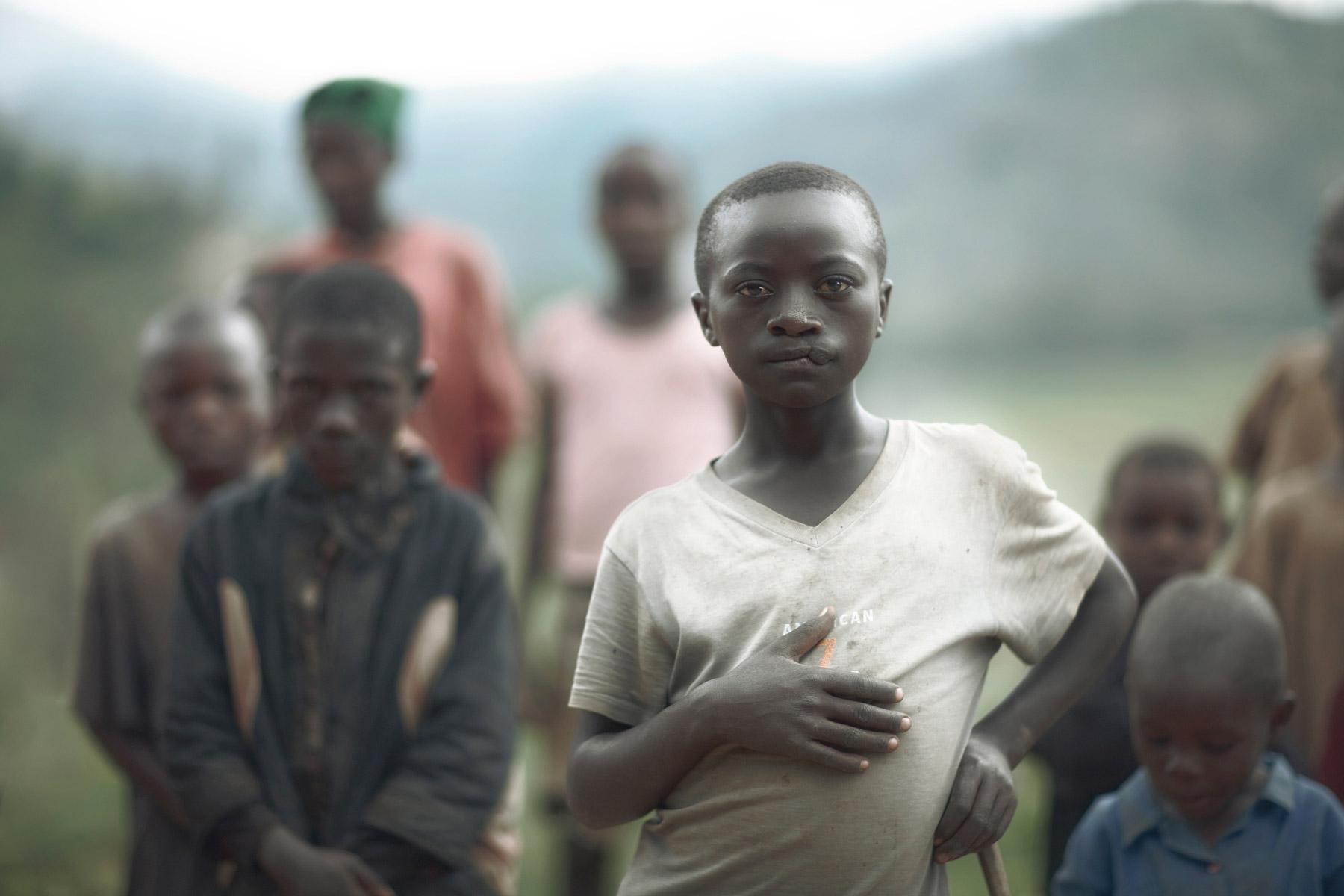 AFRICA_rwanda_boy_rwandese_family