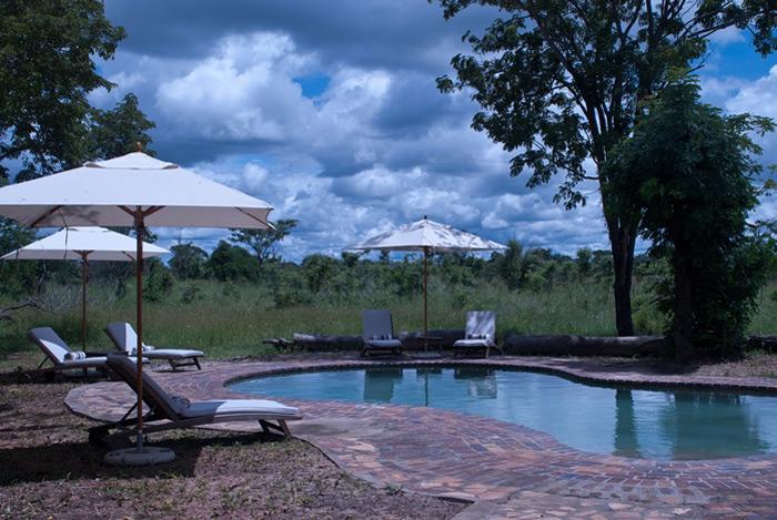 african-luxury-hideaways-elephants-eye-hwange