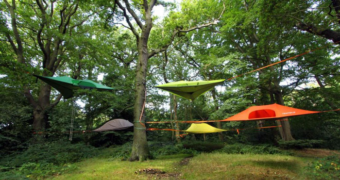suspended-tree-top-tent