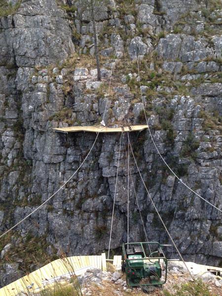suspension-bridge-construction