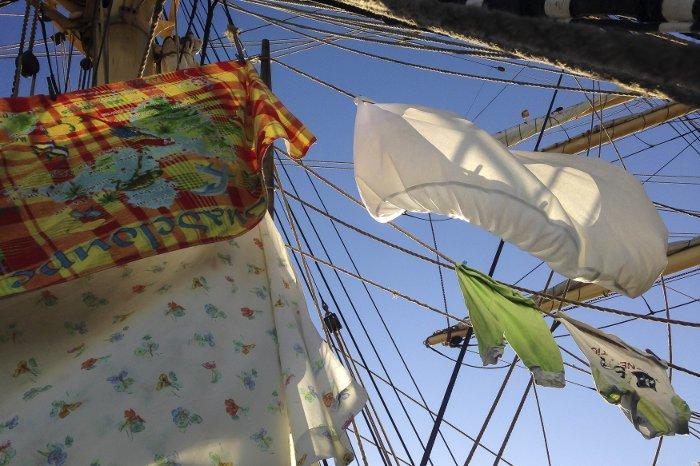 washing-Sailing
