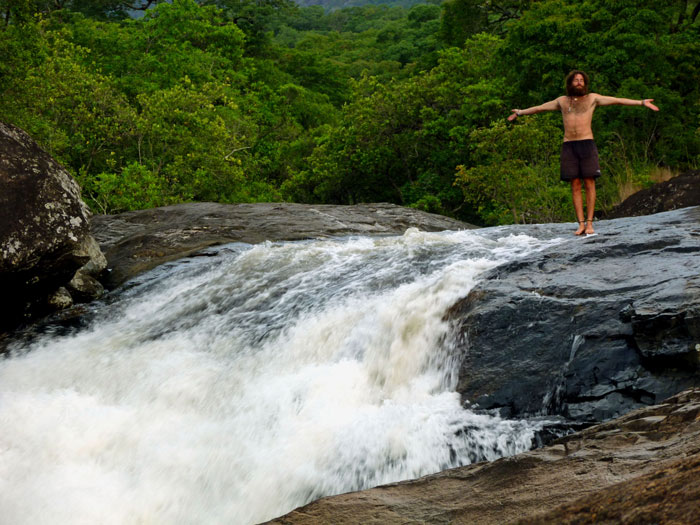 mount-mulanje-malawi-waterfall