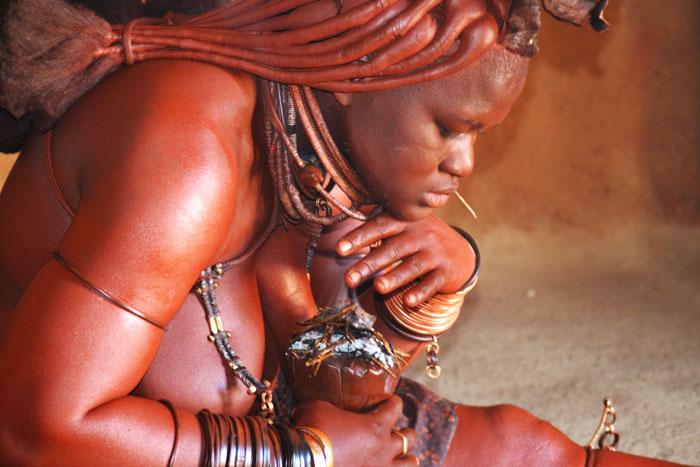 himba smoke bath