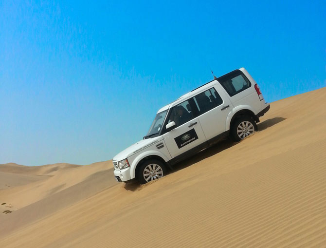 Tips for driving in sand - Africa Geographic