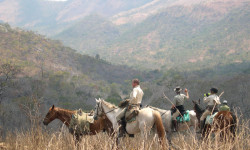 Mavuradona-zimbabwe-horse-riding-safari
