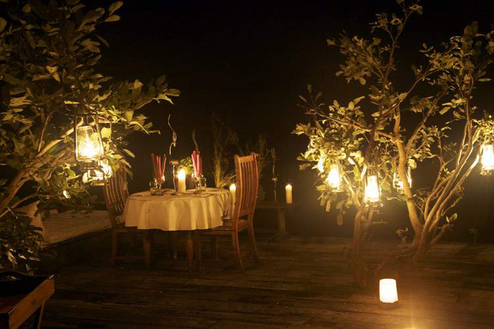 Zarafa-lantern-dinner