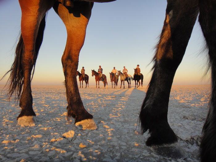 horseback safari botswana saltpans