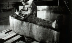 Howard Carter in the King Tutankhamen's tomb