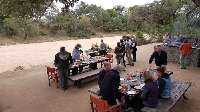 Bush breakfast, Tanda Tula style