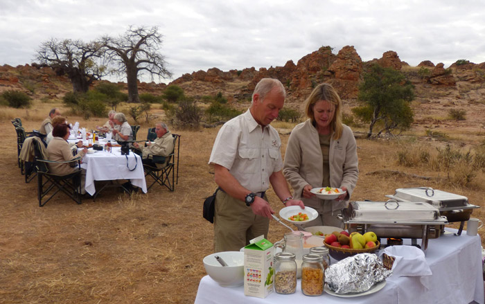 bush-breakfast-tuli