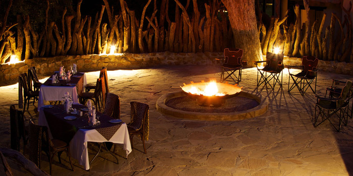 tuli-safari-lodge-boma