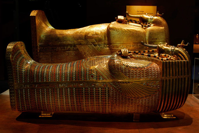 coffins-king-tut-exhibition