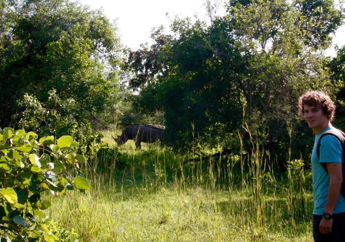 jop-near-a-rhino