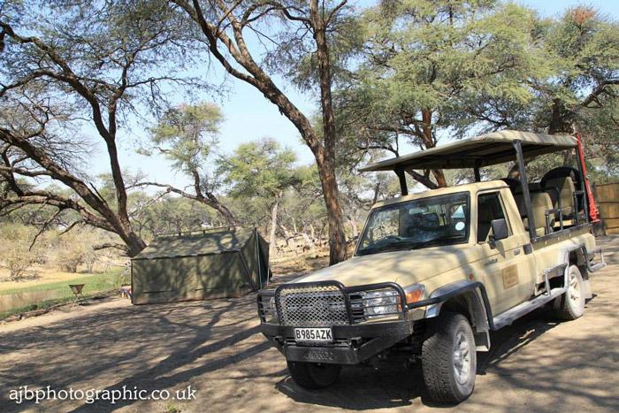 open-safari-vehicle