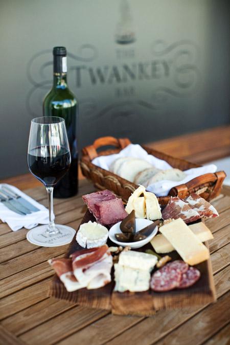 twankey-cheese-and-wine