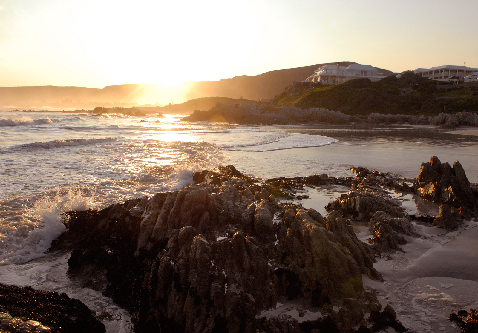 sunset-cliff-top-birkenhead-house