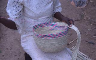 weaving-baskets