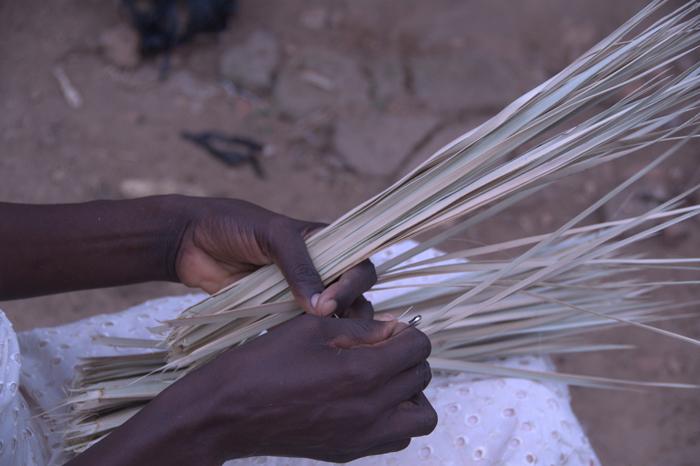 weaving-palm-basket-kenya