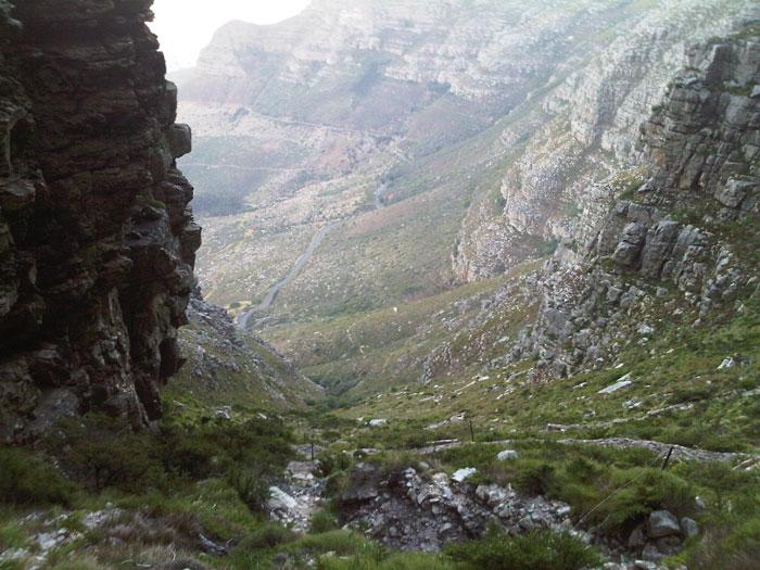 hiking-up-platteklip-gorge