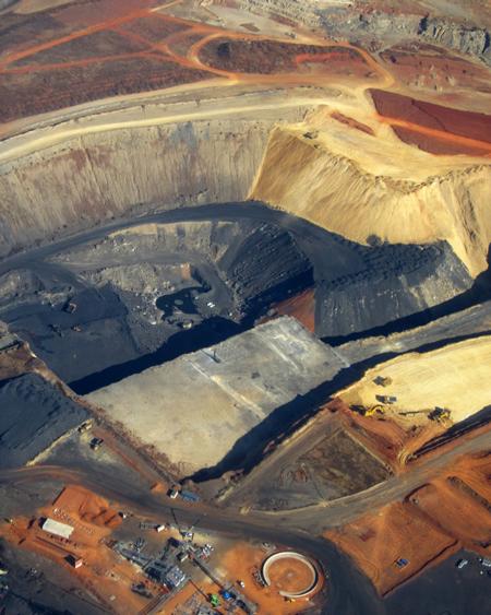 Open cast coal mine in Mpumalanga. ©Tracey Davies.