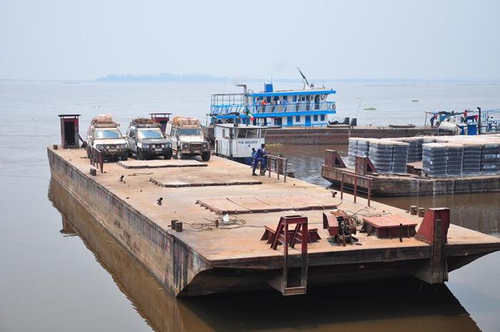 ferry-boat-kinshasa