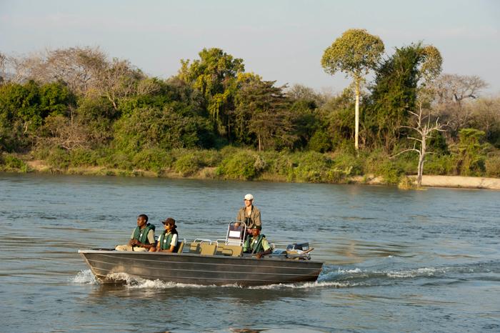 mkulumadzi-lodge-shire-river-malawi