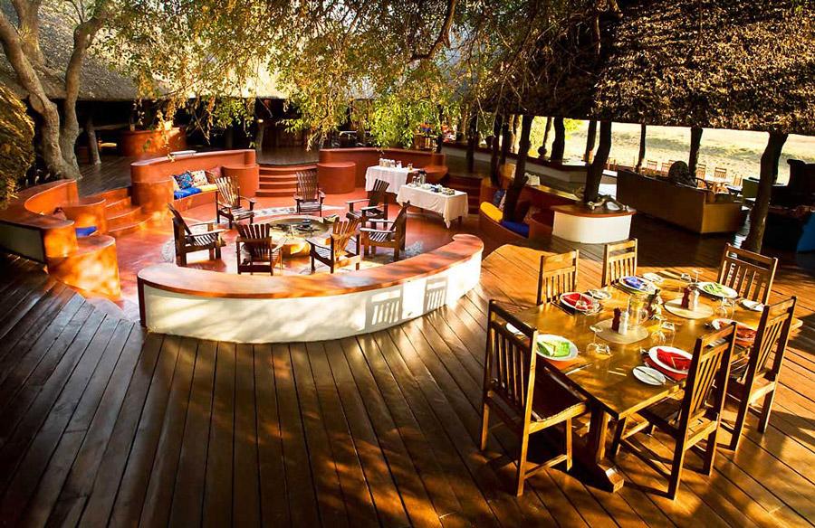 Lion-Camp-dining-area
