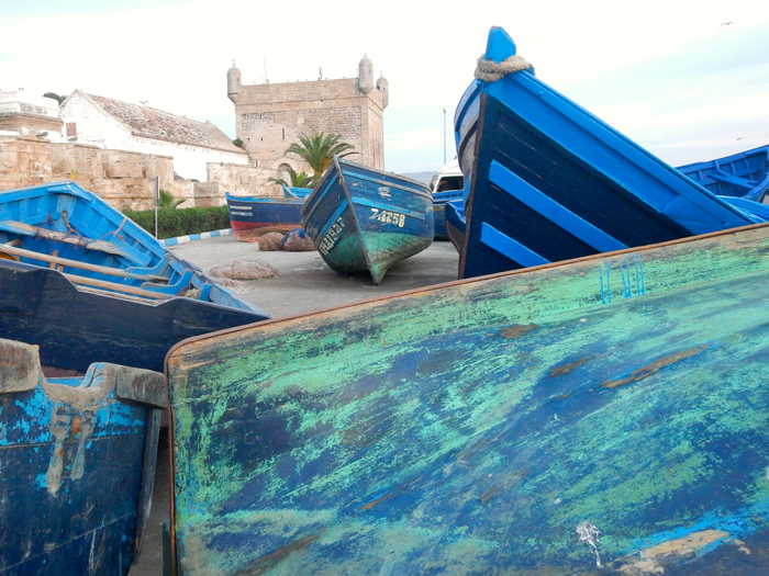barque-picton-castle-morocco-blue-boats