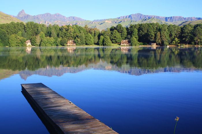 These cottages are as lakeside as it gets at Lake Naverone in the World Heritage Site of the Drakensberg.
