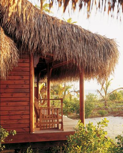 Beach-Pool-Villa-exterior
