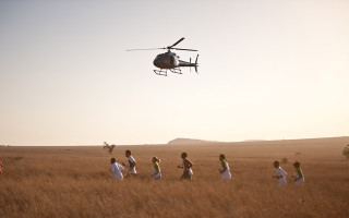 Marathon-Runners-with-Chopper