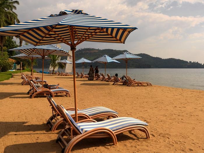lake-kivu-serena-beach