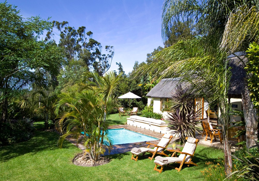 master-suite-private-pool-hunters-country-house