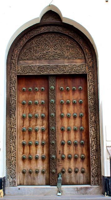 tanzania-doorway
