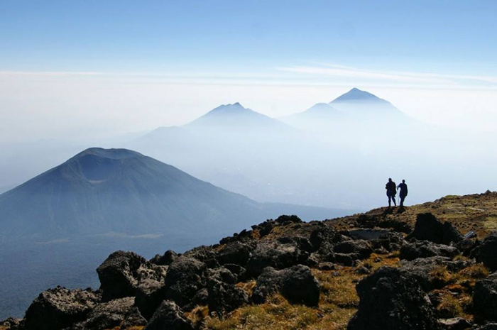 volcanoes-national-park-hike