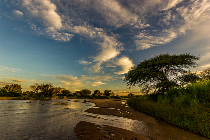 Mdonya-old-river-flowing_byDavidLiebst