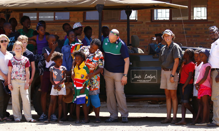 a-visit-to-the-school-on-safari
