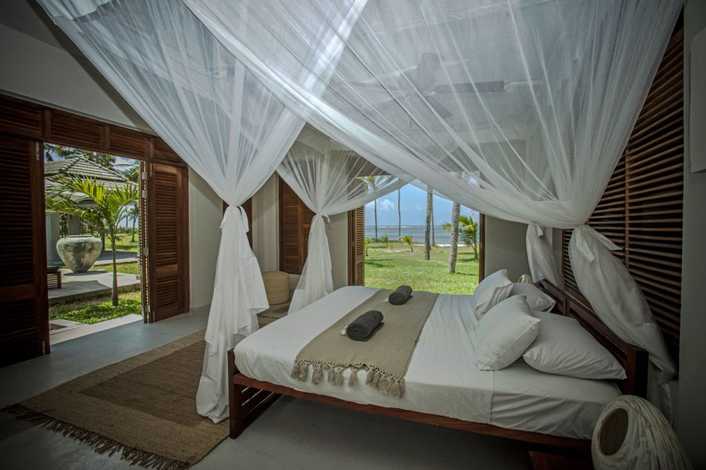 bedroom-the-beach-house