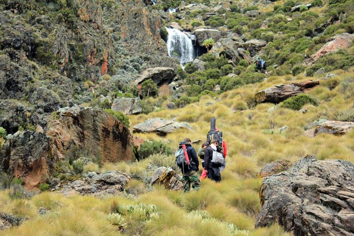 hiking-point-lenana