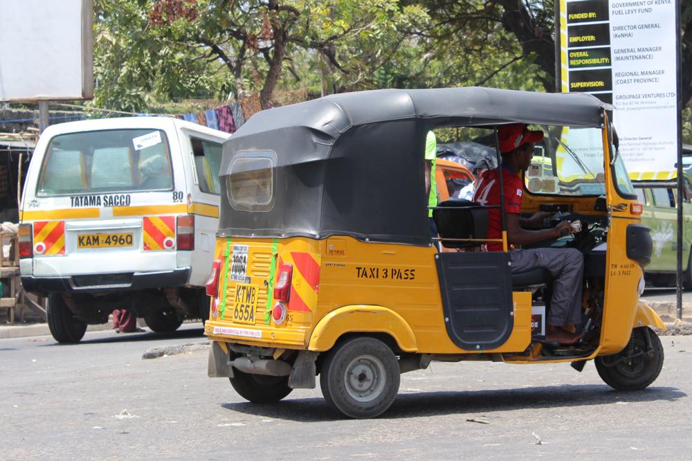 taxi-tuk-tuk-kenya