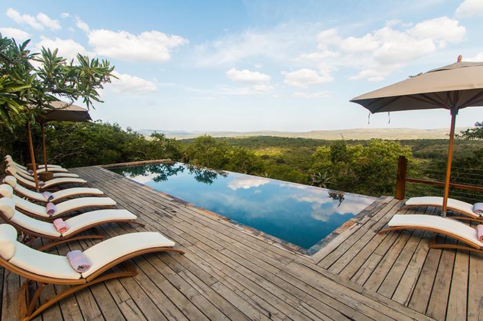 Rhino-ridge-pool-deck