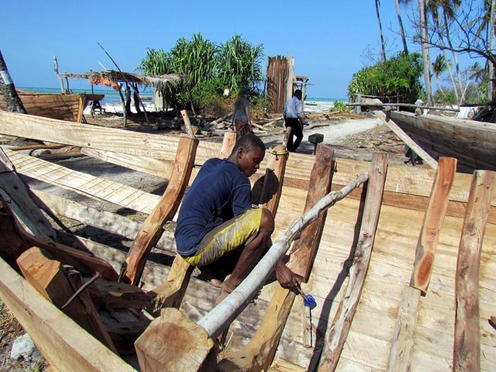 Dhow-building-in-Zanzibar