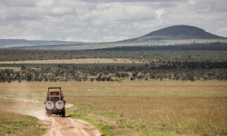 Kenyan-safari-vehicle