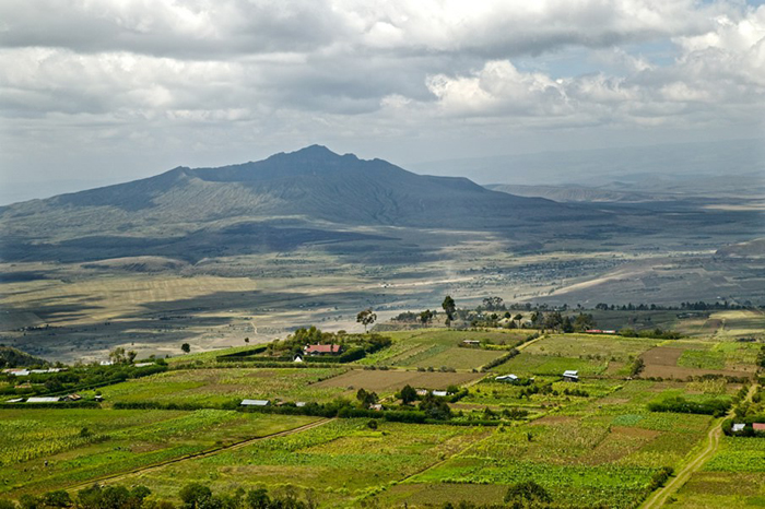 Mount-Longonot-view-from-the-Highway